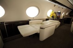 Gulfstream G650 — the biggest, fastest private jet And they lie flat for those who want a good night's sleep.