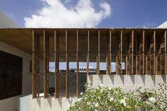Gallery of Villa Vista / Shigeru Ban Architects - 3