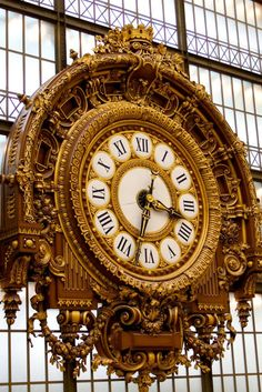 The huge clock at Orsay Museum (Musée d'Orsay) Paris, the thing I most remember! Old Clocks, Antique Clocks, Antique Watches, Vintage Watches, Paris France, Huge Clock, Somewhere In Time, I Love Paris, Paris Travel