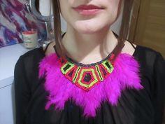 DIY collar de plumas