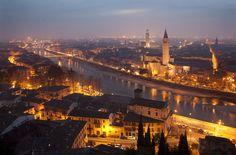 Italia in night