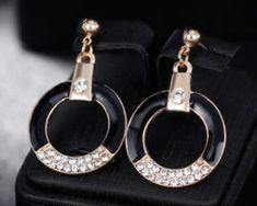 Luxusný šperkový set - naušnice + náhrdelník, v tvare kruhu s kryštálikmi., Drop Earrings, Personalized Items, Jewelry, Jewlery, Jewerly, Schmuck, Drop Earring, Jewels, Jewelery