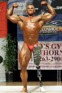 Ok, I think that this man is disgustingly muscular, but as an amputee I find him extremely inspiring.