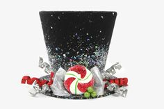 Christmas tree topper ,Top hat tree topper, Christmas table decoration, Silver and Red Christmas decoration by partydreams on Etsy https://www.etsy.com/au/listing/208086883/christmas-tree-topper-top-hat-tree
