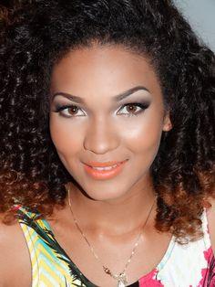 Miss Magé.  Make up by Domitila.