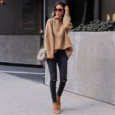 Flawless Summer Outfits Ideas For Slim Women That Looks Cool - Oscilling Black Women Fashion, Look Fashion, Autumn Fashion, Womens Fashion, Cheap Fashion, Fashion 2018, Fashion Beauty, Fashion Dresses, Casual Chic Fashion