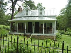 I want to live in a house like this in the country! I love old farmhouses!!!!!