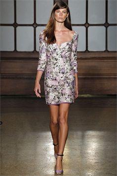 Sfilata Philosophy di Alberta Ferretti New York - Collezioni Primavera Estate 2013 - Vogue