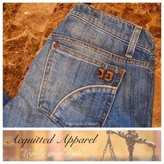 Joe's Jeans crop capris Size 26 joes jeans crops capris Small nic / scrape on back butt, easy repair or to wear as is for working Bin 5 Joe's Jeans Jeans Ankle & Cropped