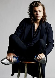 harry styles photoshoot black and white - Google Search Mehr