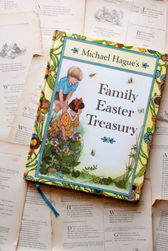 Michael Hague's Family Easter Treasury   Little Book, Big Story