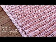 Tapete Retangular de Porta - Ponto Palito - Por Marcelo Nunes - YouTube Knitting Videos, Crochet Videos, Diy Crochet, Crochet Top, Crochet Flowers, Crochet Projects, Crochet Patterns, Make It Yourself, Blanket