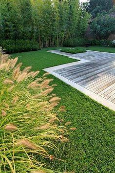 landschaft gartengestaltung ideen rasen terrasse holz grenze
