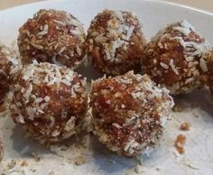 Rezept Powerballs mit Chia und Goji Beeren ohne zucker von He-Ki - Rezept der Kategorie Backen süß