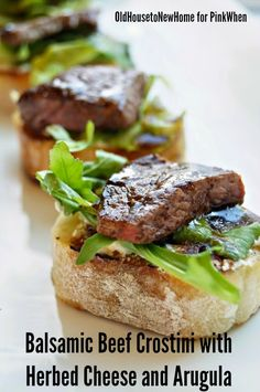 Balsamic Beef Crostini with Herbed Cheese and Arugula Meat Appetizers Appetizers Appetizers keto Appetizers parties Appetizers recipes Easy Make Ahead Appetizers, Beef Appetizers, Heavy Appetizers, Appetizers For Party, Appetizer Recipes, Party Recipes, Pinchos Caprese, Salade Caprese, Beef Recipes