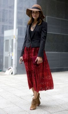 Olivia Palermo Flies The Flag For The British High Street In A Topshop Skirt During London Fashion Week, 2011