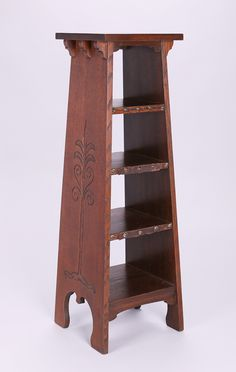 """Early Gustav Stickley """"Tree-of-Life"""" magazine stand. Arts And Crafts Furniture, Furniture Projects, Diy Furniture, Furniture Design, Craftsman Style Furniture, Mission Style Furniture, Gustav Stickley, Art Nouveau Furniture, Woodworking Inspiration"""