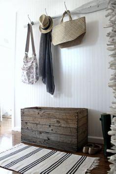 coastal chic wood crate box & a wooden oar is always a coastal style necessity. Beach Cottage Style, Beach Cottage Decor, Coastal Cottage, Coastal Style, Coastal Living, Coastal Decor, Cottage Ideas, Coastal Interior, Modern Coastal