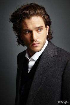 After quite some time searching I have finally managed to find the logoless pictures used for Kits photoshoot for the Augustman Singapore spread. The pictures from it are now in the gallery. As alw… Jon Snow, Low Key Portraits, Headshot Poses, Jonathan Ross, Kit Harrington, Perfect Boyfriend, Taylor Kitsch, Ryan Guzman, Jesse Metcalfe