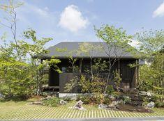ファサードガーデン部門   施工例紹介   株式会社ユニソン Landscape Architecture, Landscape Design, Casa Real, Love Garden, Plant Design, Simple House, Plant Decor, Indoor Plants, Facade