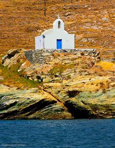 Chapel in Kea (Tzia)-Lighthouse of Kea Island-Tzia-Hellas-Greece-Sea-Summer-Travel Greece Sea, Greece Islands, Beautiful Islands, Beautiful Beaches, Travel Around The World, Around The Worlds, Stairs To Heaven, Greek Blue, Places In Greece