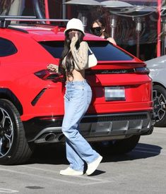 Mode Kylie Jenner, Kylie Jenner Outfits, Beverly Hills, Kardashian Style, Fashion Outfits, Womens Fashion, Fashionable Outfits, Business Women, Celebrity Style
