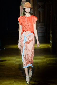 With the Hat, Sans the Shoes and to St. Regis I Go!  Sonia Rykiel Spring 2014 Ready-to-Wear Collection Slideshow on Style.com