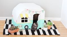 How To Make A Vintage Kitty Camper Out Of Cardboard Boxes | Cuteness