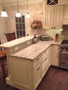 Taupe Kitchen Cabinets Love The Dark Stain Color On The
