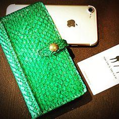 Green Snake genuine snake iphone 7 case made in Tuscany. Nicola Meyer leather design www.nicolameyer.com #iphonepythoncase #exoticleathers #pythonskin #snake #iphonecover #iphonecases #iphonecase #exoticleather #exoticcovers #tuscany #madeinitaly #madeintuscany #tuscanyleather #tuscanleather #tuscanshopping #bestcover #bestcase #bestartisan #bestcraftsman #nicolameyer #applecase #leathercase #leathercases #leathershop #leathergood #leathergoods #iphone8 #iphone8case