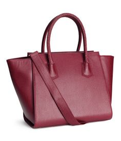I don't own any red handbags! I'm in Love with this new bag.... Now what shoes shall I wear?   Product Detail | H&M US-- http://www.hm.com/us/product/28536?article=28536-B