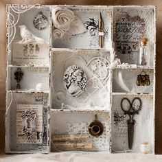 Shadow Box Ideas - Shadow boxes are actually an unique procedure to preserve minds with each other in such a stunning means Shadow Box Kunst, Shadow Box Art, Blog Vintage, Vintage Crafts, Altered Tins, Altered Art, Vintage Collage, Molduras Vintage, Diy And Crafts