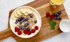 You can make tons of tasty food extra healthy by adding Protein Blend. Here are three great recipes! Muesli, Granola, Put Your Phone Down, Oriflame Cosmetics, Reap The Benefits, Protein Powder Recipes, Protein Blend, Tasty, Yummy Food