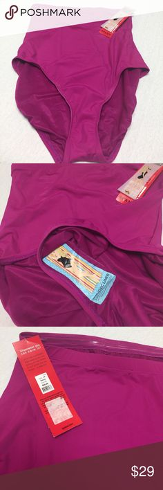 Spanx bikini bottom Spanx Let's go slimming! Size 14 bikini bottom in a flattering fabric and style that slims your figure and keeps you in place. Supportive lining holds you tight and keeps you looking smooth and sexy. SPANX Swim Bikinis