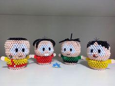 Origami 3D - Turma da Mônica - Cascão, Mônica, Cebolinha e Magali Origami And Kirigami, Paper Crafts Origami, Samurai, Origami Tutorial, Chrochet, Quilling, Diy And Crafts, Crochet Earrings, Crochet Hats