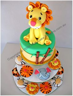 Jungle-zoo animal birthday cupcakes exclusively designed by EliteCakeDesigns. Visit our exclusive cupake design gallery to witness the quality of our cupcakes Kids Birthday Cupcakes, Animal Birthday Cakes, Cupcake Party, Cupcake Cakes, Lion Birthday, Cupcakes Kids, Cake Cookies, Birthday Ideas, Zoo Cake