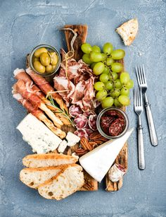 Tips for Budget Friendly Cheese Board