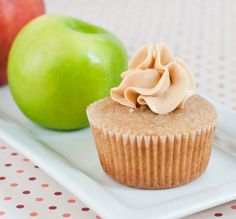 Apple Pie Cupcakes - cinnamon cake with real apple filling and caramel frosting. Even better than the real thing. Apple Pie Cupcakes, Baking Cupcakes, Yummy Cupcakes, Cupcake Recipes, Cupcake Cakes, Dessert Recipes, Cup Cakes, Icing Recipes, Yummy Recipes