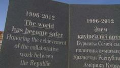 Het plutonium van Kazachstan De Sovjet-Unie testte er zijn kernwapens, met desastreuze gevolgen, maar inmiddels heeft Kazachstan, om nucleair terrorisme voor te zijn, de schadelijke resten weggewerkt.