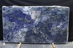 A Look at Blue Bahia Granite (It's So Beautiful We Can't Stop Looking) - Considering Blue Bahia Granite? Let These Interiors Sway You Blue Granite Countertops, Granite Colors, White Granite, Kitchen Countertops, Kitchen Cabinets, Xiamen, Stone Slab, Stone Tiles, Stone Quarry