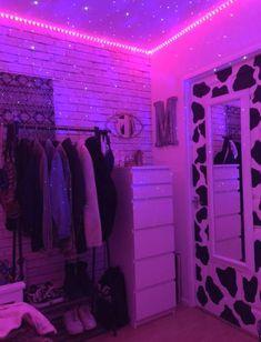 Neon Bedroom, Indie Bedroom, Indie Room Decor, Cute Bedroom Decor, Room Design Bedroom, Aesthetic Room Decor, Room Ideas Bedroom, Bedroom Inspo, Girl Bedroom Designs