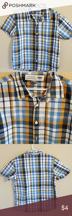 Old Navy Plaid Short Sleeve Button Up Size Small Handsome Old Navy Plaid Short Sleeve Button Up Size Small 6/7. Colors of Dark Blue,  Light Blue, Mustard, and White. Pocket on front. Excellent condition worn once Old Navy Shirts & Tops