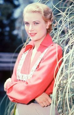 Grace Kelly on the set of Green Fire, 1954