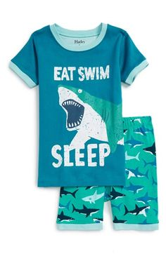 Hatley 'Great White Sharks' Fitted Two-Piece Pajamas (Toddler Boys, Little Boys & Big Boys)