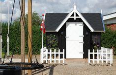 Billedresultat for fedt legehus Diy Playhouse, Play Houses, Gazebo, Shed, Outdoor Structures, Garden, Kiosk, Garten, Pavilion