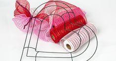 Deco Mesh Heart Wreath Supplies day wreath diy dollar tree Valentine's Day Deco Mesh Heart Wreath Deco Mesh Crafts, Wreath Crafts, Diy Valentines Day Wreath, Valentine Crafts, Printable Valentine, Homemade Valentines, Valentine Box, Valentine Ideas, Couronne Diy