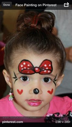 DIY Minnie Mouse Face Paint ♠I would put the BOW higher up on her forehead♠ i think that would be cuter! Minnie Mouse Face Painting, Disney Face Painting, Painting For Kids, Simple Face Painting, Halloween Make Up, Halloween Face, Halloween Costumes, Cheek Art, Face Painting Designs