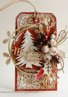 Dzisiaj zapraszam Was na bloga  Scrapki.pl , gdzie trwa tydzień inspiracji. Słowo MAGIA kojarzy mi się właśnie ze świętami,dlatego tytuł mojego wpisu brzmi Magia Świąt.   Dla mnie czas świąt jest bar