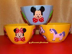 ceramics Dog Bowls, Ceramics, Dogs, Handmade, Ceramica, Pottery, Hand Made, Pet Dogs, Doggies