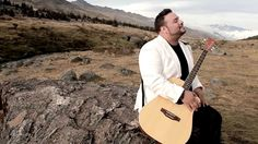 Daniel Pirela - Dios Esta Aquí - Videoclip Oficial - Música Católica (+l...